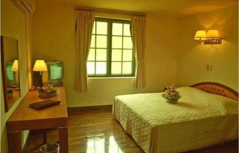 Imperial Garden Villa & Hotel Phnom Penh - Room - 2