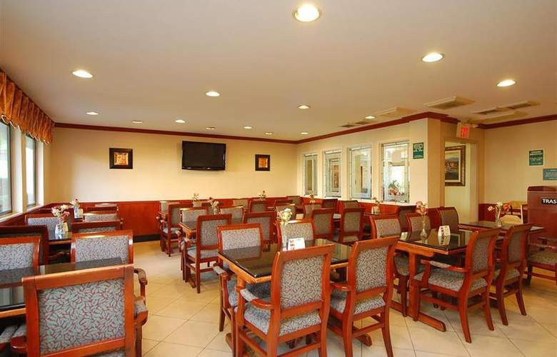 Best Western Plus Orange County Airport North - Restaurant - 79