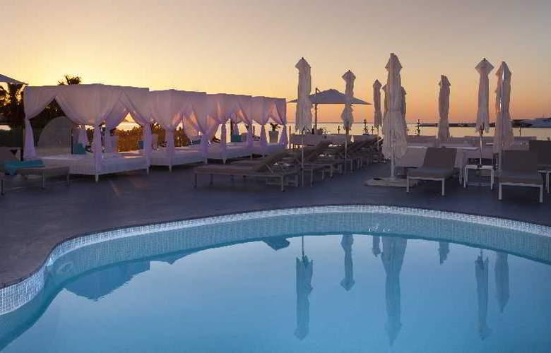 Marina Playa - Pool - 24