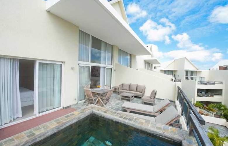 Cape Bay Luxury Beach Apartments By BARNES - Room - 1