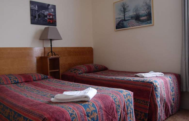 Hotel 65 and Annexes - Room - 1