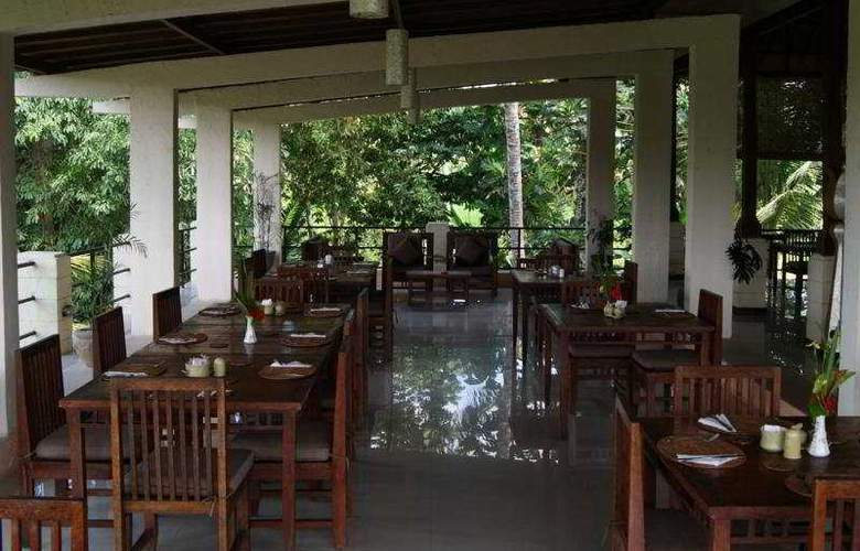 Bhanuswari Resort & Spa - Restaurant - 9