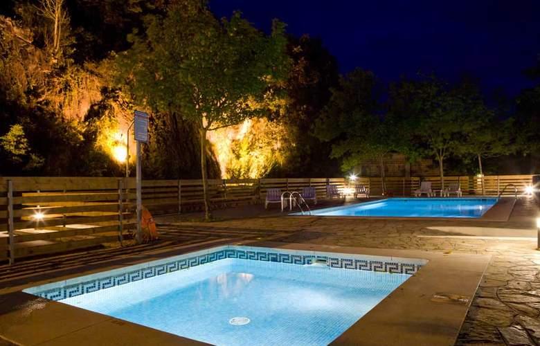 Los Arces Apartamentos - Pool - 1