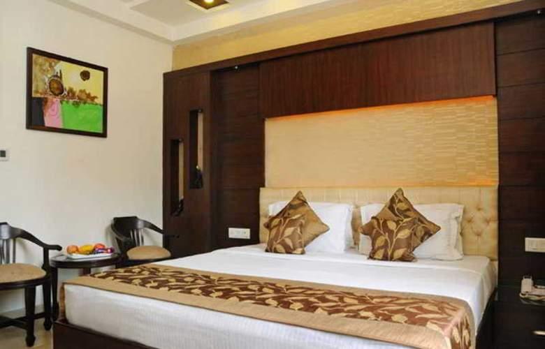 The Pearl Hotel Delhi - Room - 10