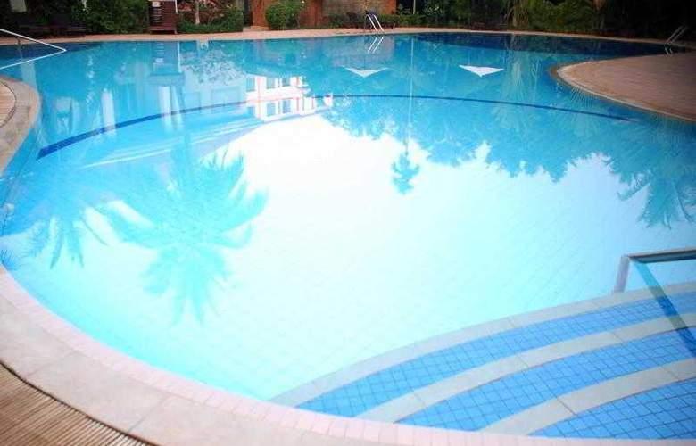 Angkor Century Resort & Spa - Pool - 62
