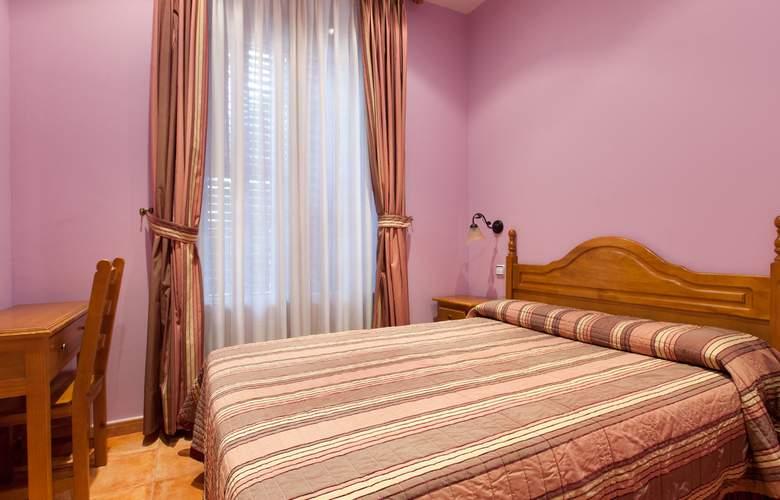 Hostal Las Fuentes - Room - 6