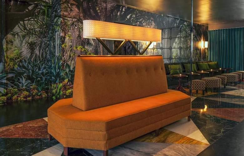 McCarren Hotel & Pool - General - 0