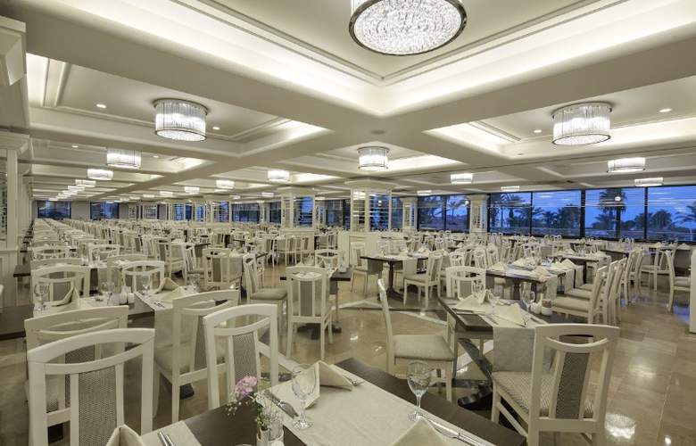 Hotel Bellis - Restaurant - 11