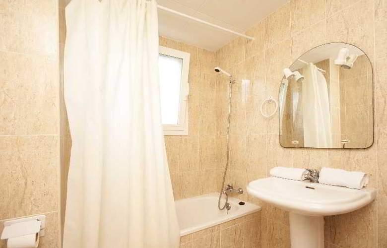 Apartamentos varios segunda linea en Miami Platja - Room - 2
