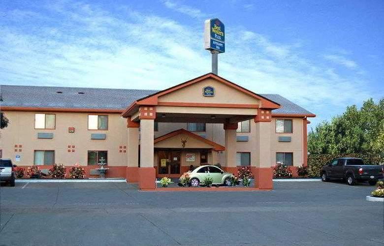 Best Western Plus Antelope Inn - Hotel - 0