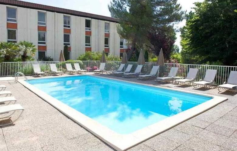 Novotel Aix en Provence Beaumanoir Les 3 Sautets - Hotel - 1