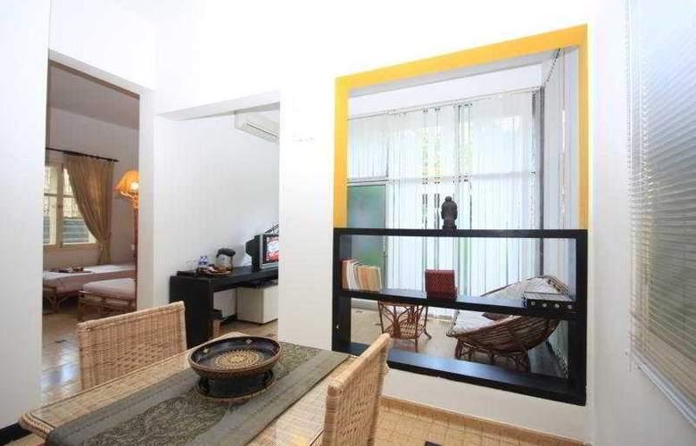 Frangipani Villa 60s - Room - 2
