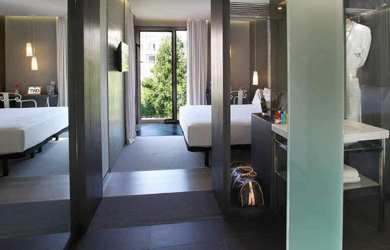 Two Hotel Barcelona By Axel - Room - 12