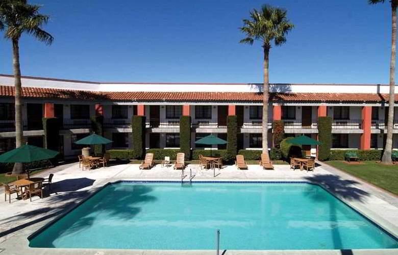 Colonial Ciudad Juarez - Pool - 5