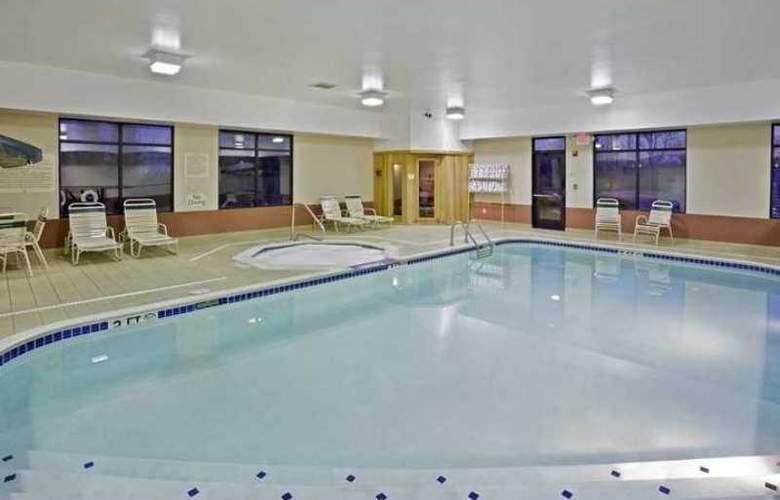 Hampton Inn Cleveland Airport-Tiedeman Rd - Hotel - 4