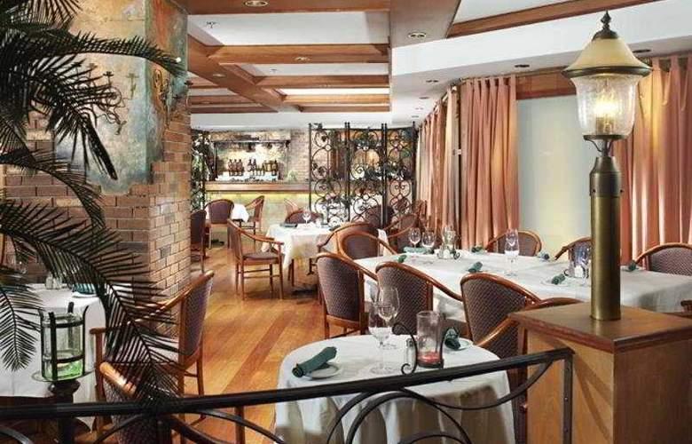 Four Points by Sheraton Halifax - Restaurant - 5
