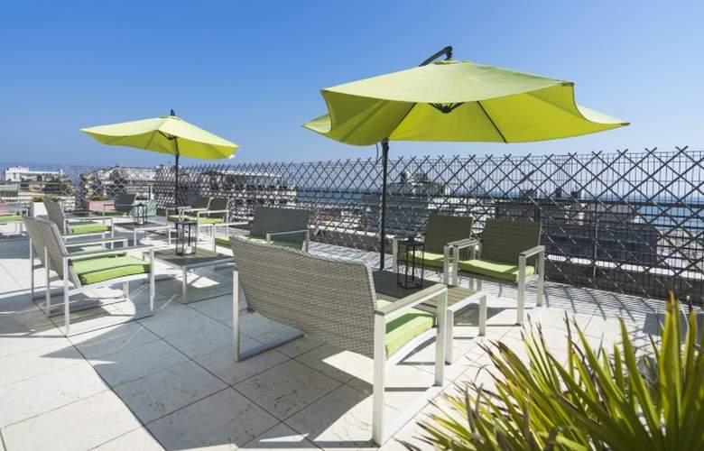 Club Meeting - Terrace - 4
