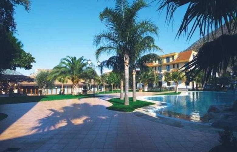 Villa Albani - Hotel - 0