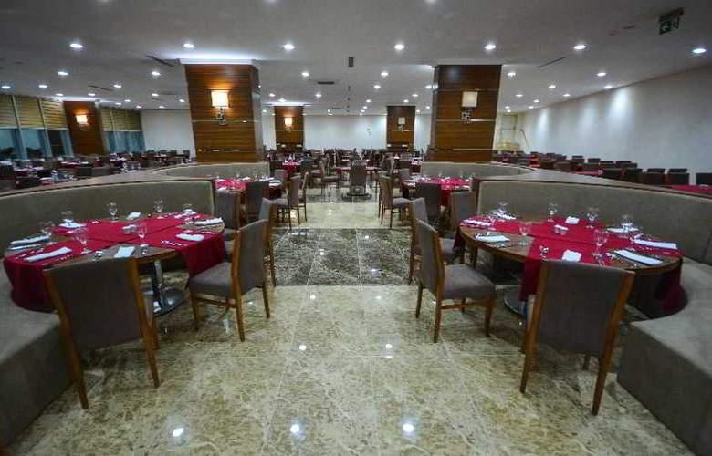 Ramada Cappadocia - Restaurant - 2