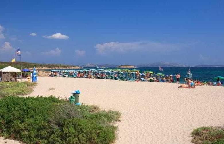 Family Hotel Sporting Tanca Manna - Beach - 10