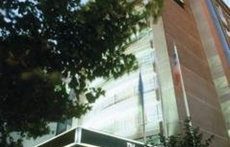 NH Ciudad de Santiago - Hotel - 0