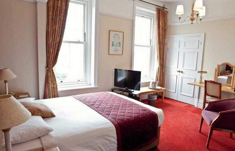 Best Western Chilworth Manor Hotel - Hotel - 2