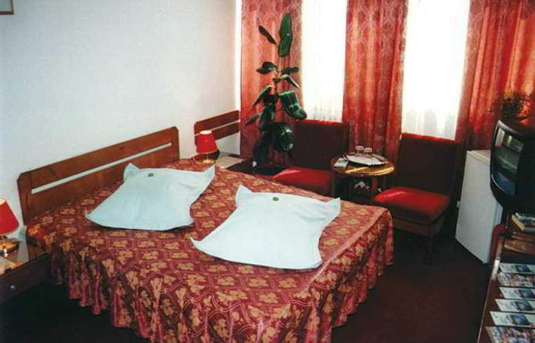 Coroana - Room - 3