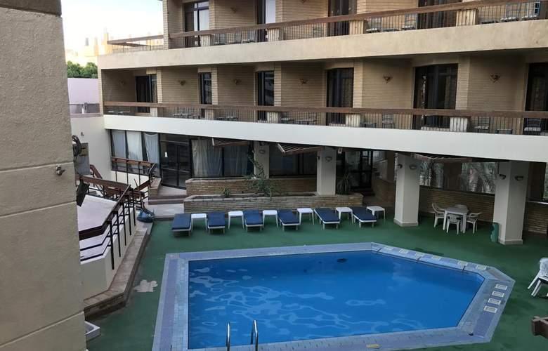 Gaddis Luxor Hotel, Suites and Apartments - Hotel - 0