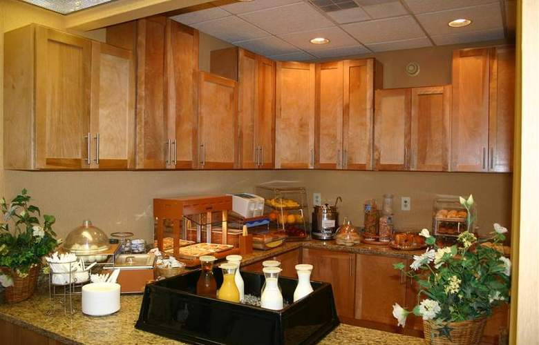 Best Western Orlando East Inn & Suites - Restaurant - 61