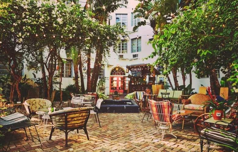 Freehand Miami - Terrace - 1