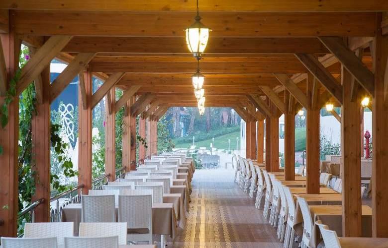 Water Side Delux Resort - Terrace - 145