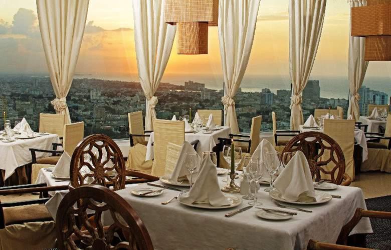 Tryp Habana Libre - Restaurant - 17