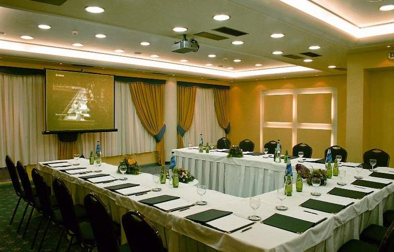 Savoy - Conference - 21