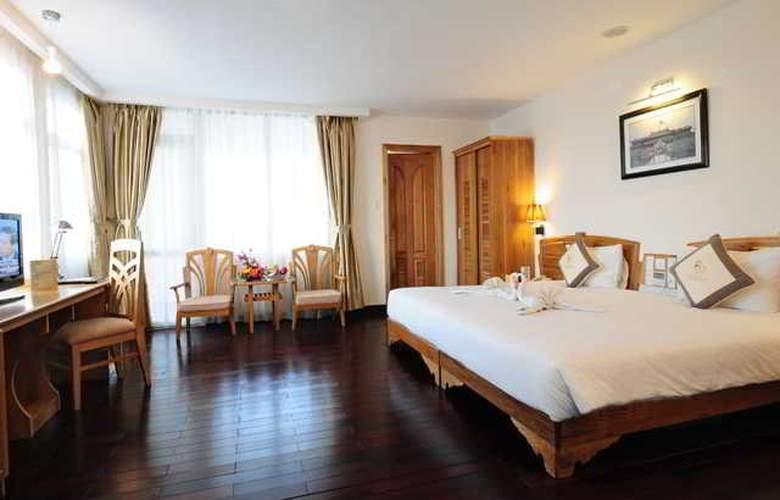 Romance Hotel Hue - Room - 2