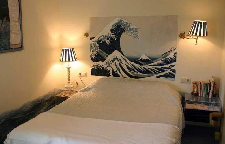 Sandton Hotel de Filosoof - Room - 6