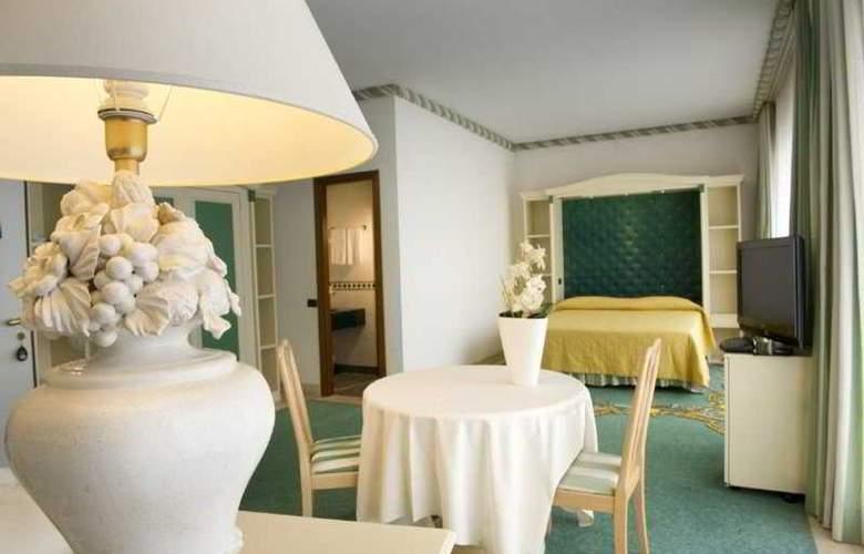 Aris Garden - Room - 4