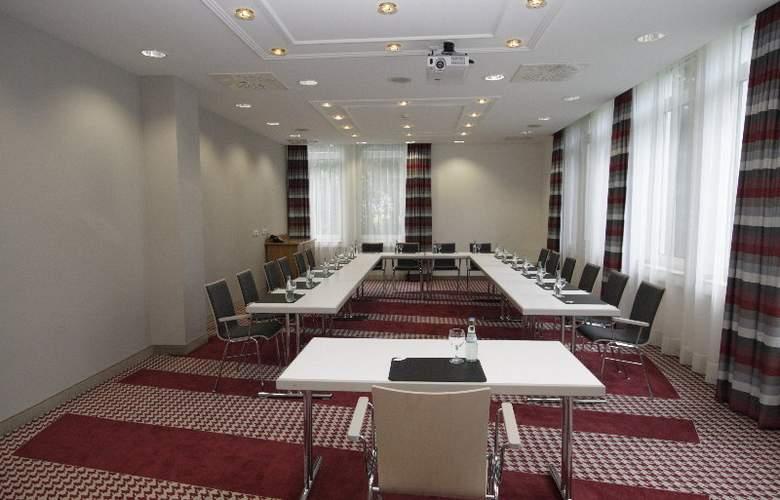 Holiday Inn Frankfurt Airport - Neu-Isenburg - Conference - 9