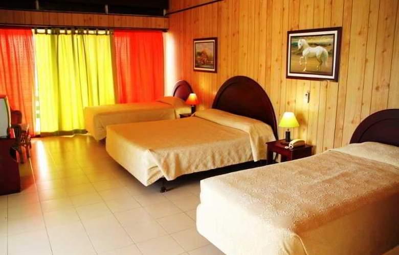 Tres Casitas Welcome - Room - 0