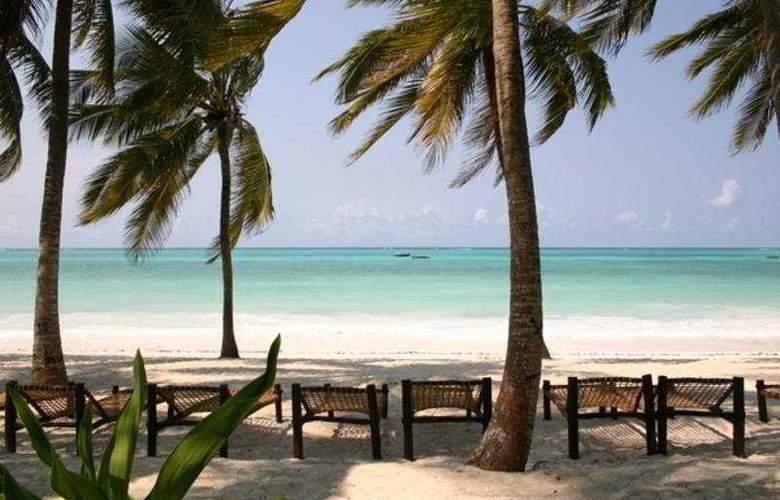 Karafuu Hotel Beach Resort - Beach - 2