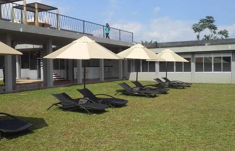 Aliya Resort and Spa - Hotel - 6