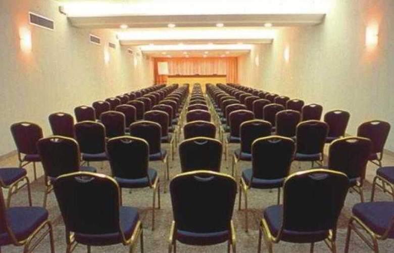 Regente Belem - Conference - 30