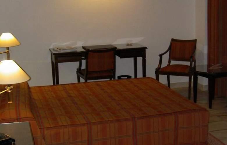 Turia - Room - 2