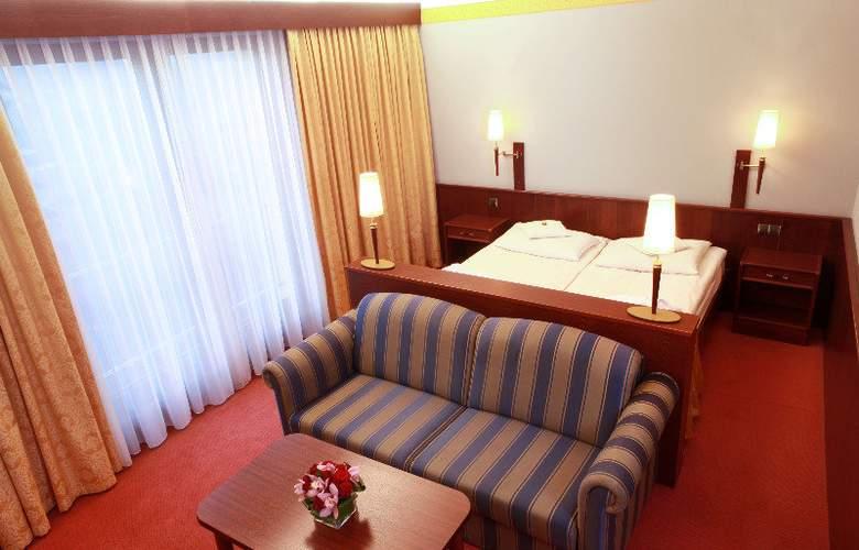 Parkhotel Vienna - Hotel - 3