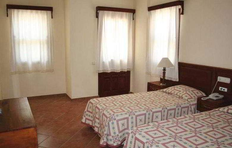Grove Hotel - Room - 5