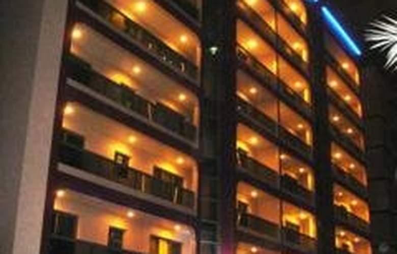 Al Shams Plaza Hotel Apartments - Hotel - 0