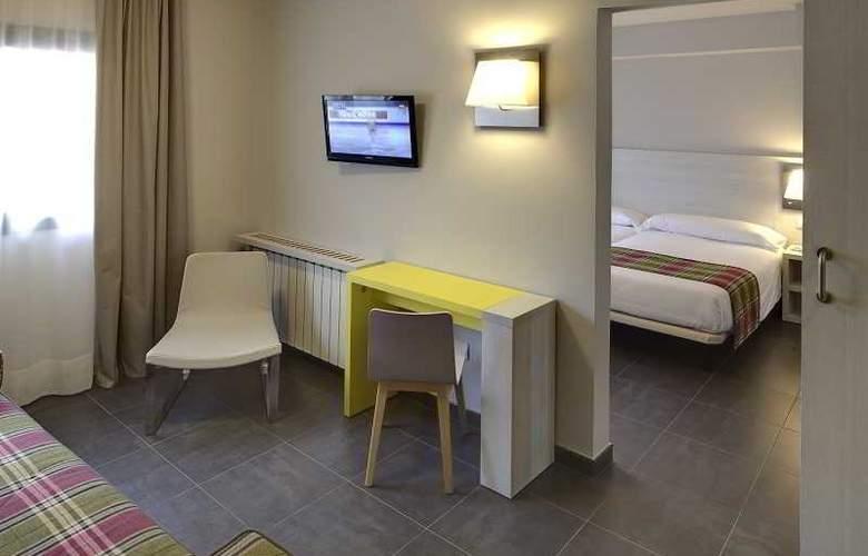 Cristina - Room - 13