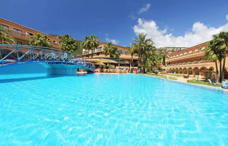 Mon Port Hotel Spa - Pool - 101