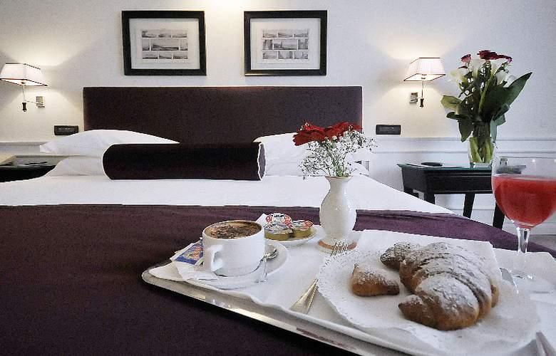 Grand Hotel Oriente - Room - 3