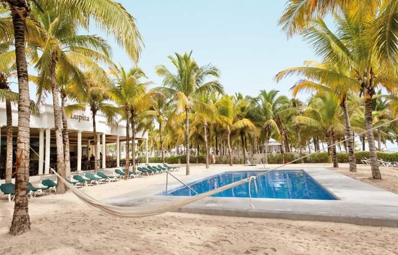 Hotel Riu Lupita - Pool - 10