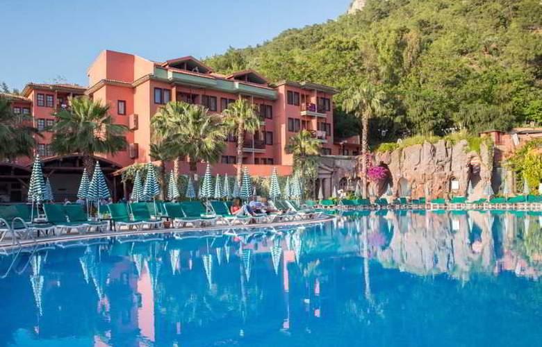 Suncity Hotel & Beach Club - Pool - 6